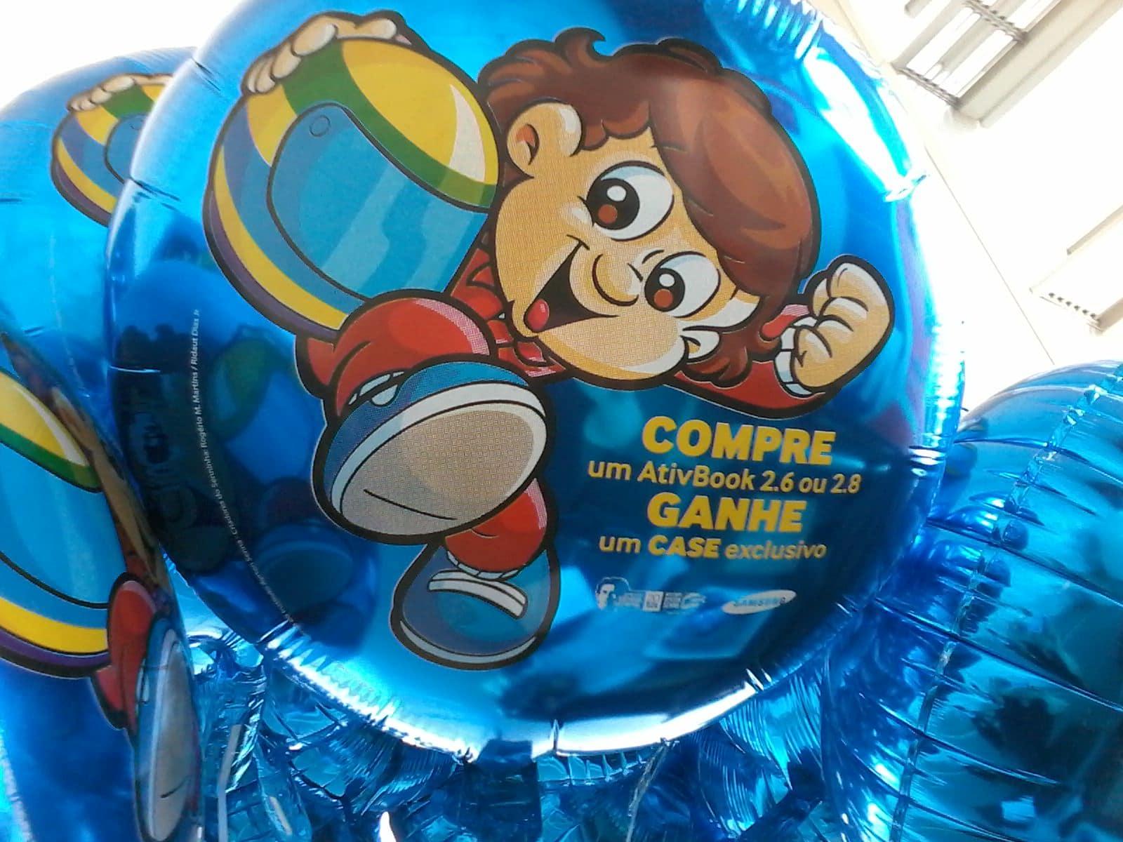 Balões metalizados com corte especial