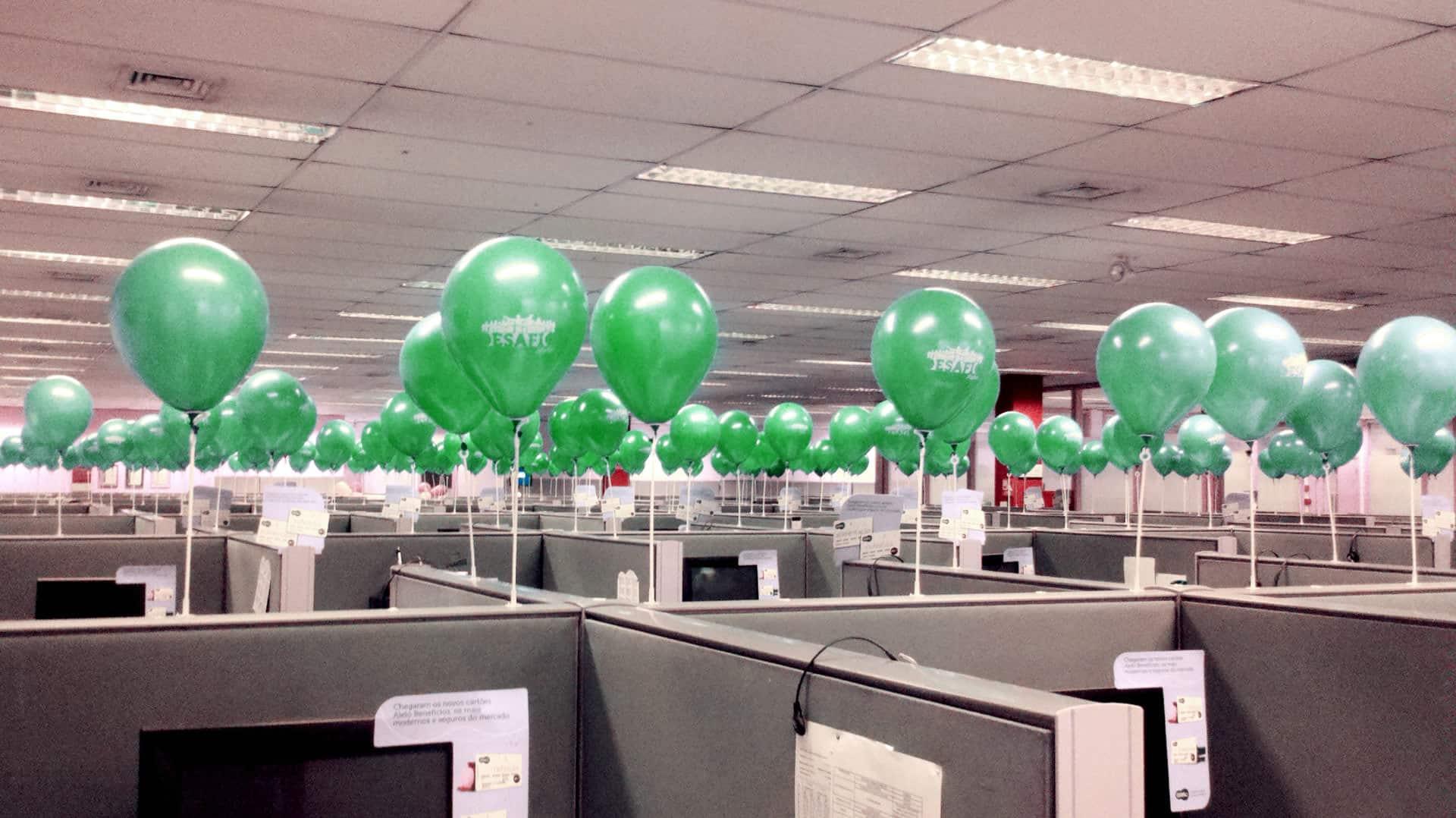 Balões Personalizados em baias